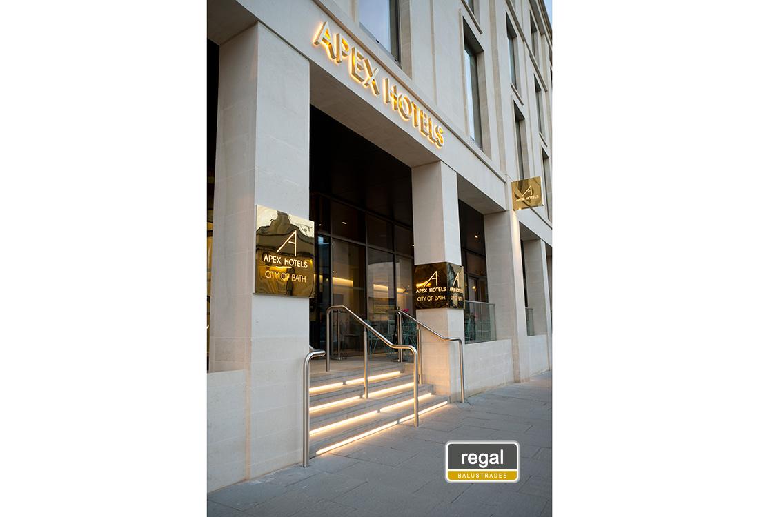 Apex Hotel 35