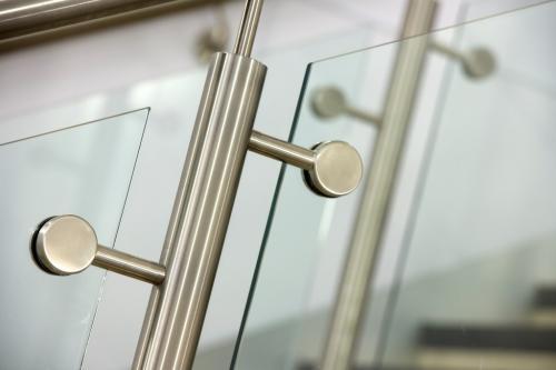 Onyx Framed Balustrades 5